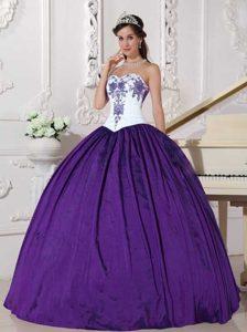 Sweetheart Embroidery Taffeta Sweet 16 Dress in White and Eggplant Purple