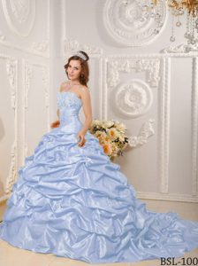 Court Train Taffeta Appliques Pick-ups Quincenera Dress in Spring