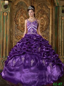 Purple Appliqued Dress for Quince with Pick-ups and Spaghetti Straps in Taffeta