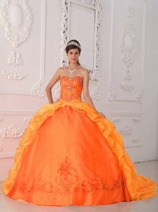 Orange Red Sweetheart 2013 Quinceanera Gowns with Embroidery and Beadings