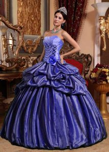 Purple Strapless Sweet 15 Dresses with Pick-ups and Handmade Flower in Taffeta