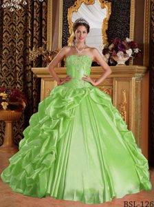 Sweetheart Sweet 15 Dresses with Beading and Pick-ups in Yellow Green