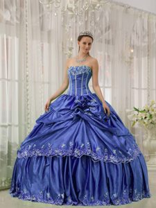 Strapless Floor-length Quinceanera Gown Dress with Embroidery in Blue
