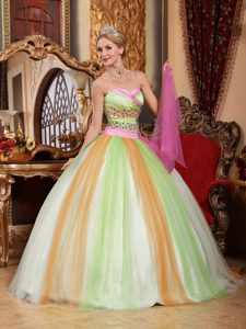 Modest Multi-color Sweetheart Beaded Quinceanera Dresses Made in Tulle