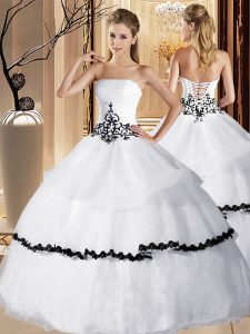 Sleeveless Floor Length Appliques and Ruffled Layers Lace Up Quinceanera Dress with White